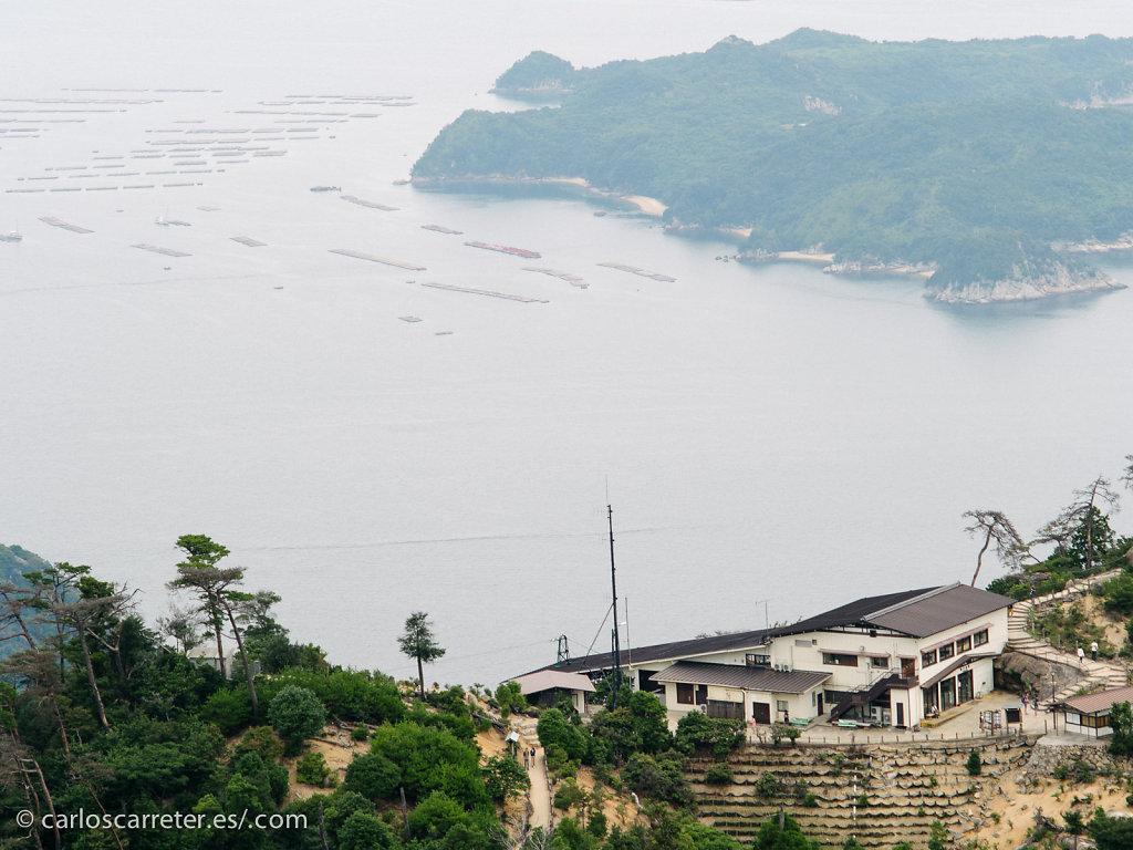 Estación del funicular y Mar Interior de Seto - Miyajima