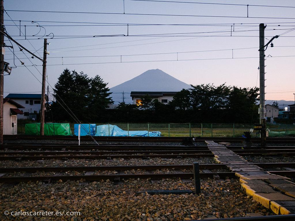 Monte Fuji desde la estación de Kawaguchiko