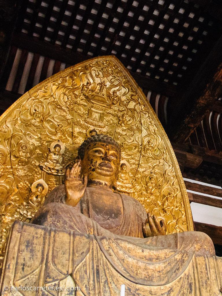 Buda dorado de Kofuku-ji - Nara